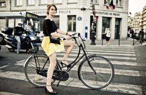 parij peresadit avtolyubitelei na velosipedy Париж пересадит автолюбителей на велосипеды