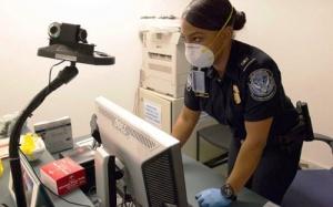 v nyu iorke nachalis proverki passajirov na ebolu В Нью Йорке начались проверки пассажиров на Эболу