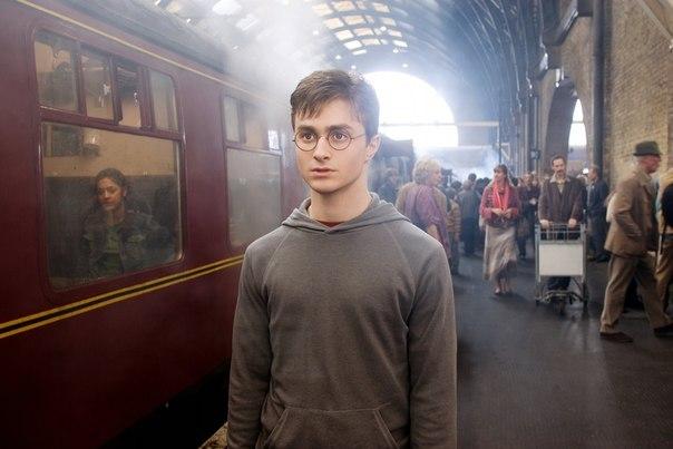 pochemu stoit perechitat garri pottera Почему стоит перечитать «Гарри Поттера»?