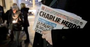 terakt v parije ne otpugnul turistov Теракт в Париже не отпугнул туристов