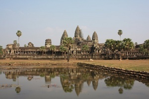 kambodja deportiruet turistov za fotosessiyu v stile nyu Камбоджа депортирует туристов за фотосессию в стиле ню