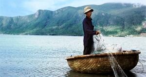 vetnamskie rybaki spasli rossiiskih turistov Вьетнамские рыбаки спасли российских туристов