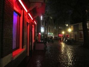 v milane poyavitsya kvartal krasnyh fonarei В Милане появится Квартал красных фонарей