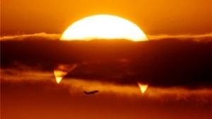 bilety na reis s vidom na solnechnoe zatmenie byli prodany za 2 dnya Билеты на рейс с видом на солнечное затмение были проданы за 2 дня