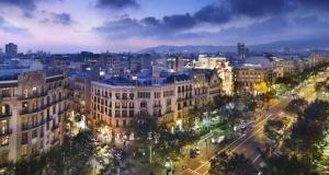 magaziny barselony perehodyat na kruglosutochnuyu rabotu Магазины Барселоны переходят на круглосуточную работу