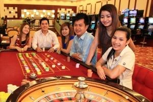 rossiyanin arestovan v kambodje za draku v kazino Россиянин арестован в Камбодже за драку в казино
