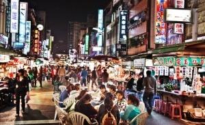krupneishii v azii nochnoi rynok otkrylsya v kitae Крупнейший в Азии ночной рынок открылся в Китае