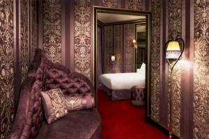 otel na meste bordelya otkryli v parije Отель на месте борделя открыли в Париже