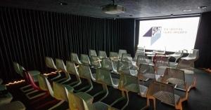 aeroport vilnyusa obzavelsya kinoteatrom Аэропорт Вильнюса обзавелся кинотеатром