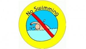 na ispanskom pobereje marokko zapretili kupatsya На испанском побережье Марокко запретили купаться