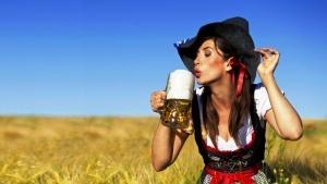 belgrad gotovitsya k tradicionnomu pivnomu festivalyu Белград готовится к традиционному пивному фестивалю