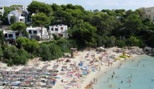 ispaniya zapretila bronirovat mesta na plyajah Испания запретила бронировать места на пляжах