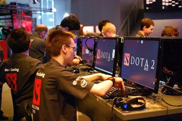 shveciya vvedet kibersport v shkolnuyu programmu Швеция введет киберспорт в школьную программу