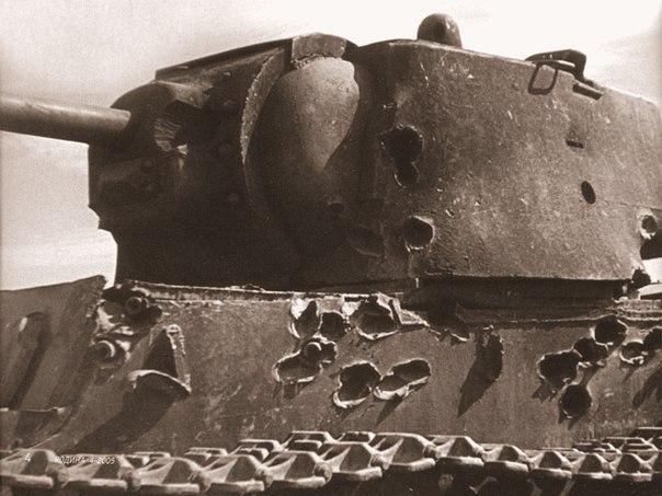 podvig leitenanta kolobanova z g Подвиг лейтенанта Колобанова З.Г.
