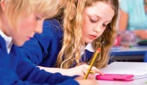 tysyachi roditelei oshtrafovany za otdyh s detmi v uchebnoe vremya v britanii Тысячи родителей оштрафованы за отдых с детьми в учебное время в Британии