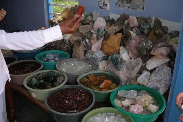 20 zanimatelnyh faktov o dragocennyh kamnyah 20 занимательных фактов о драгоценных камнях