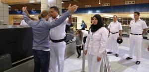 turisty v aeroportu sharm el sheiha mojno izbejat proverok za vzyatku Туристы: в аэропорту Шарм эль Шейха можно избежать проверок за взятку