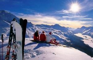 v shveicarii startoval gornolyjnyi sezon В Швейцарии стартовал горнолыжный сезон