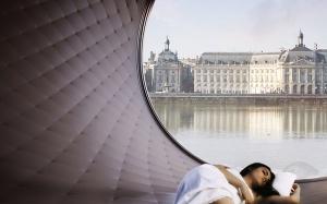 otel v vide kolesa obozreniya poyavitsya v parije Отель в виде колеса обозрения появится в Париже