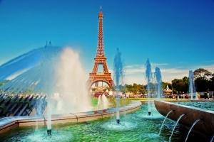 eifeleva bashnya vnov otkryta dlya turistov Эйфелева башня вновь открыта для туристов