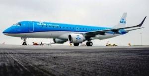 neadekvatnyi passajir ranil pilota vo vremya poleta Неадекватный пассажир ранил пилота во время полета