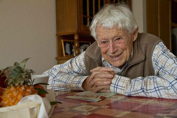 10 samyh izvestnyh dolgojitelei 10 самых известных долгожителей
