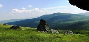 spasateli nashli turistku propavshuyu na perevale dyatlova Спасатели нашли туристку, пропавшую на перевале Дятлова