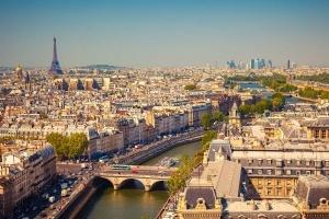 parij vernet peshehodam naberejnuyu seny Париж вернет пешеходам набережную Сены