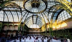 krupneishii v mire krytyi katok otkrylsya v parije Крупнейший в мире крытый каток открылся в Париже