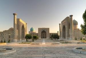 uzbekistan otlojil otmenu viz dlya turistov iz 27 stran Узбекистан отложил отмену виз для туристов из 27 стран