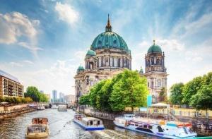 berlin priglashaet na vystavku cvetov Берлин приглашает на выставку цветов