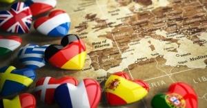 polmilliarda turistov pobyvali v evrope v 2016 godu Полмиллиарда туристов побывали в Европе в 2016 году