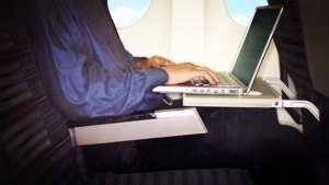 ssha hotyat zapretit elektroniku na reisah iz evropy США хотят запретить электронику на рейсах из Европы