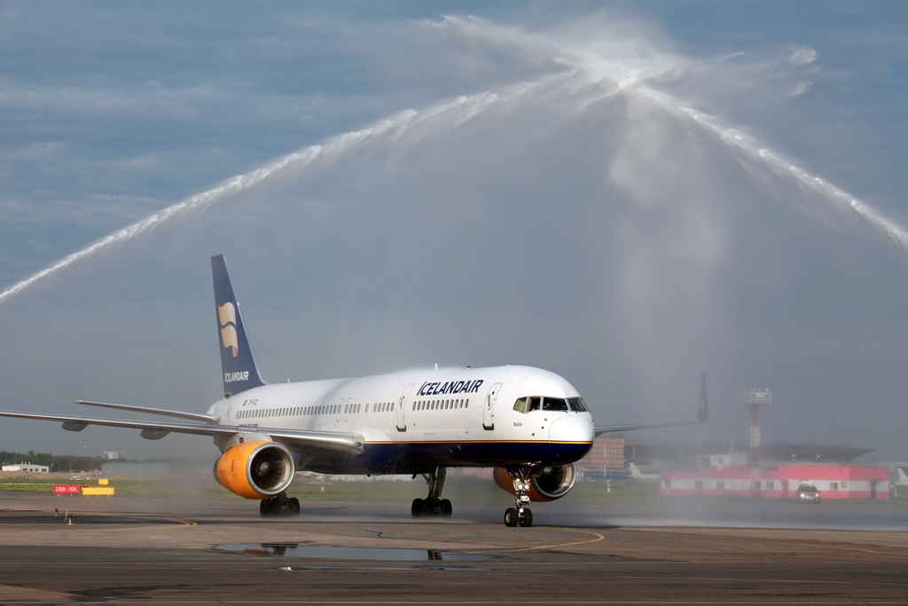 Icelandair zapustila novyi marshrut iz sankt peterburga v reikyavik Icelandair запустила новый маршрут из Санкт Петербурга в Рейкьявик