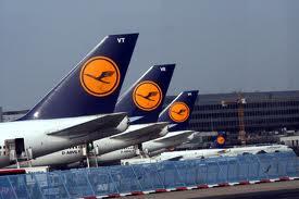 Lufthansa otmenila okolo 700 reisov iz za zabastovki Lufthansa отменила около 700 рейсов из за забастовки