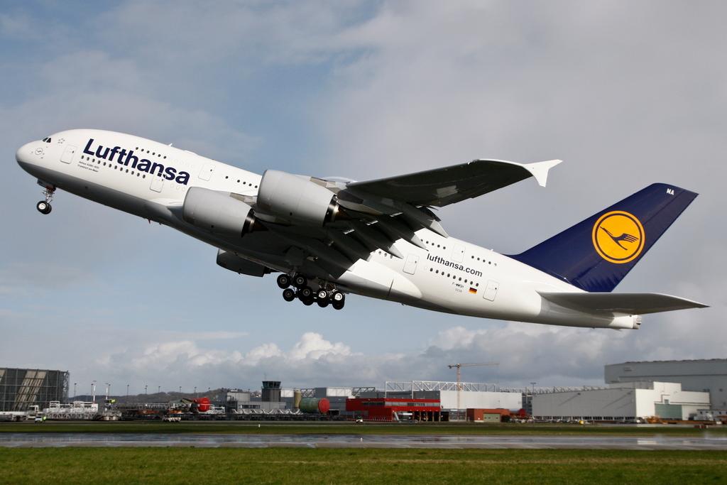 Lufthansa otpravlyaet svoi A380 v shanhai Lufthansa отправляет свой A380 в Шанхай
