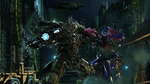 Universal Studios ustroit gonki «transformerov» Universal Studios устроит гонки «Трансформеров»