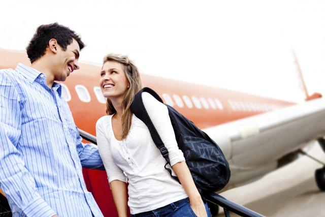 Virgin America pooshryaet znakomstva vo vremya poleta Virgin America поощряет знакомства во время полета