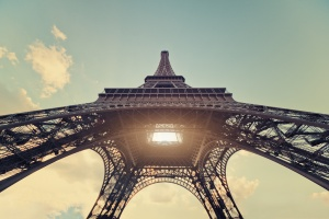 eifeleva bashnya priznana glavnoi dostoprimechatelnostyu evropy Эйфелева башня признана главной достопримечательностью Европы