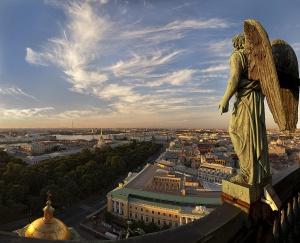 ekskursii po krysham sankt peterburga vyveli iz podpolya Экскурсии по крышам Санкт Петербурга вывели из подполья