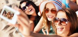 francuzskii plyaj zapretil delat «selfi» Французский пляж запретил делать «селфи»