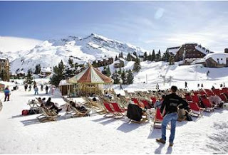 gornolyjnyi kurort francii otkryvaet vesennii sezon festivalei Горнолыжный курорт Франции открывает весенний сезон фестивалей