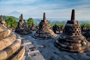 indoneziya ustanovila novyi rekord po turisticheskomu potoku Индонезия установила новый рекорд по туристическому потоку