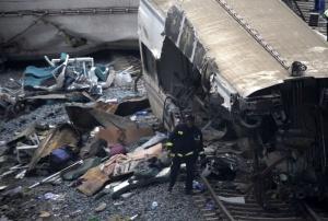 krushenie poezda v ispanii uneslo jizni 78 chelovek Крушение поезда в Испании унесло жизни 78 человек