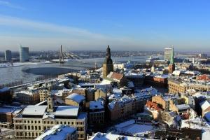 Латвия вступает в зону евро и увеличивает стоимость проезда в столичном транспорте