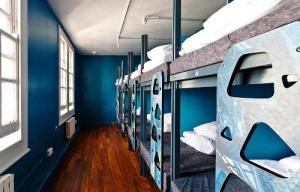 londonskii hostel predlagaet provesti noch v tyuremnoi kamere Лондонский хостел предлагает провести ночь в тюремной камере