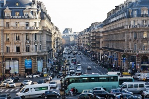 magaziny v parije teper rabotayut do 9 vechera Магазины в Париже теперь работают до 9 вечера