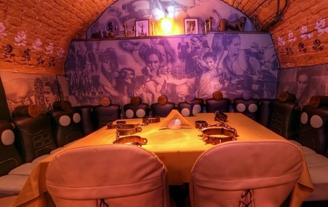mazoh kafe vo lvove jdet lyubitelei «venery v mehah» Мазох кафе во Львове ждет любителей «Венеры в мехах»