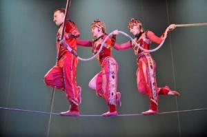 mejdunarodnyi festival cirka zavtrashnego dnya prihodit v parij Международный фестиваль цирка Завтрашнего Дня приходит в Париж