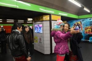 milanskoe metro prevratilos v yaponskoe Миланское метро превратилось в японское